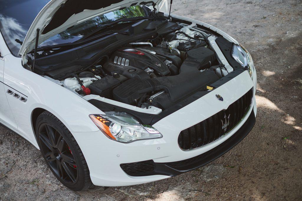 Maserati Quattroporte VI GTS engine V8
