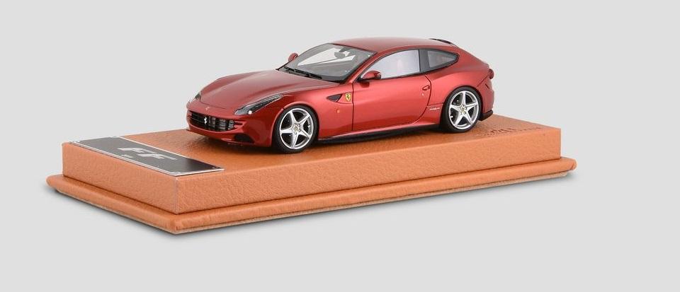 Ferrari FF  skala 1:43  cena 330 £  (ok. 1660 pln)