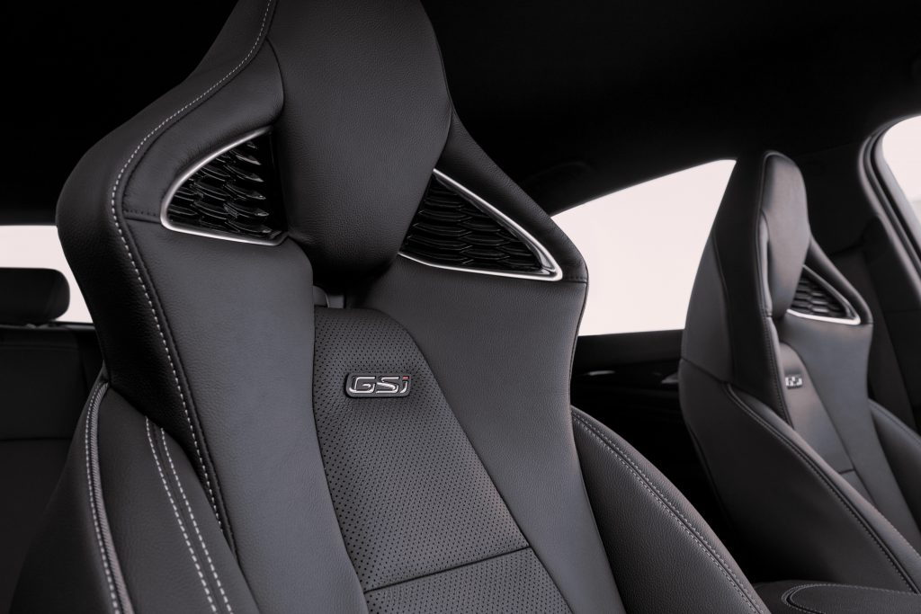 Opel Insignia GSi interior 2020