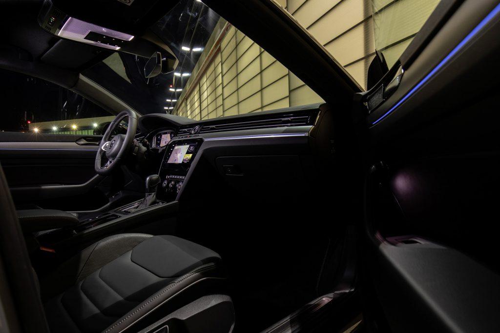 Volkswagen Arteon R-Line interior