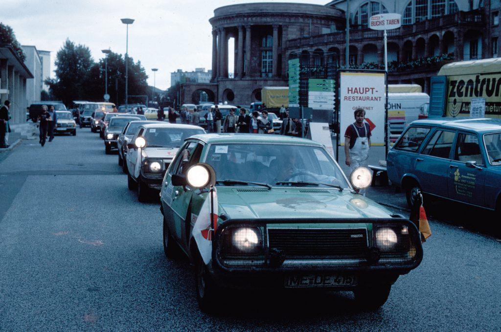 fot. Mazda - podróż Hiroszima-Frankfurt rok 1977