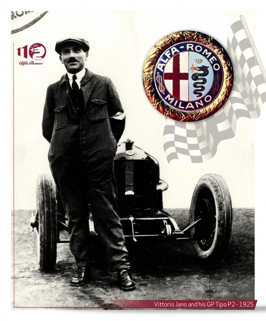 fot. Alfa Romeo  dumny Vittorio Jano na tle jego dzieła Alfy P2