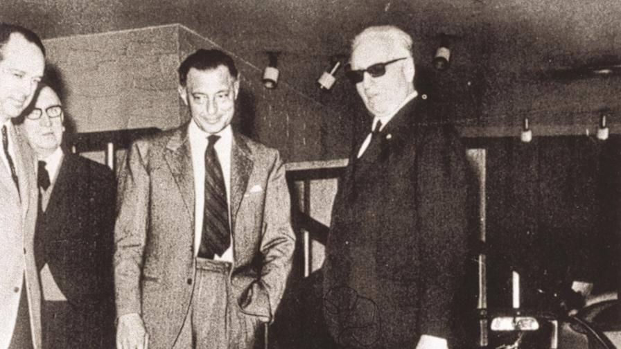 fot. archiwum Ferrari - Giovanni Agnelli (po lewej), Enzo Ferrari (po prawej)